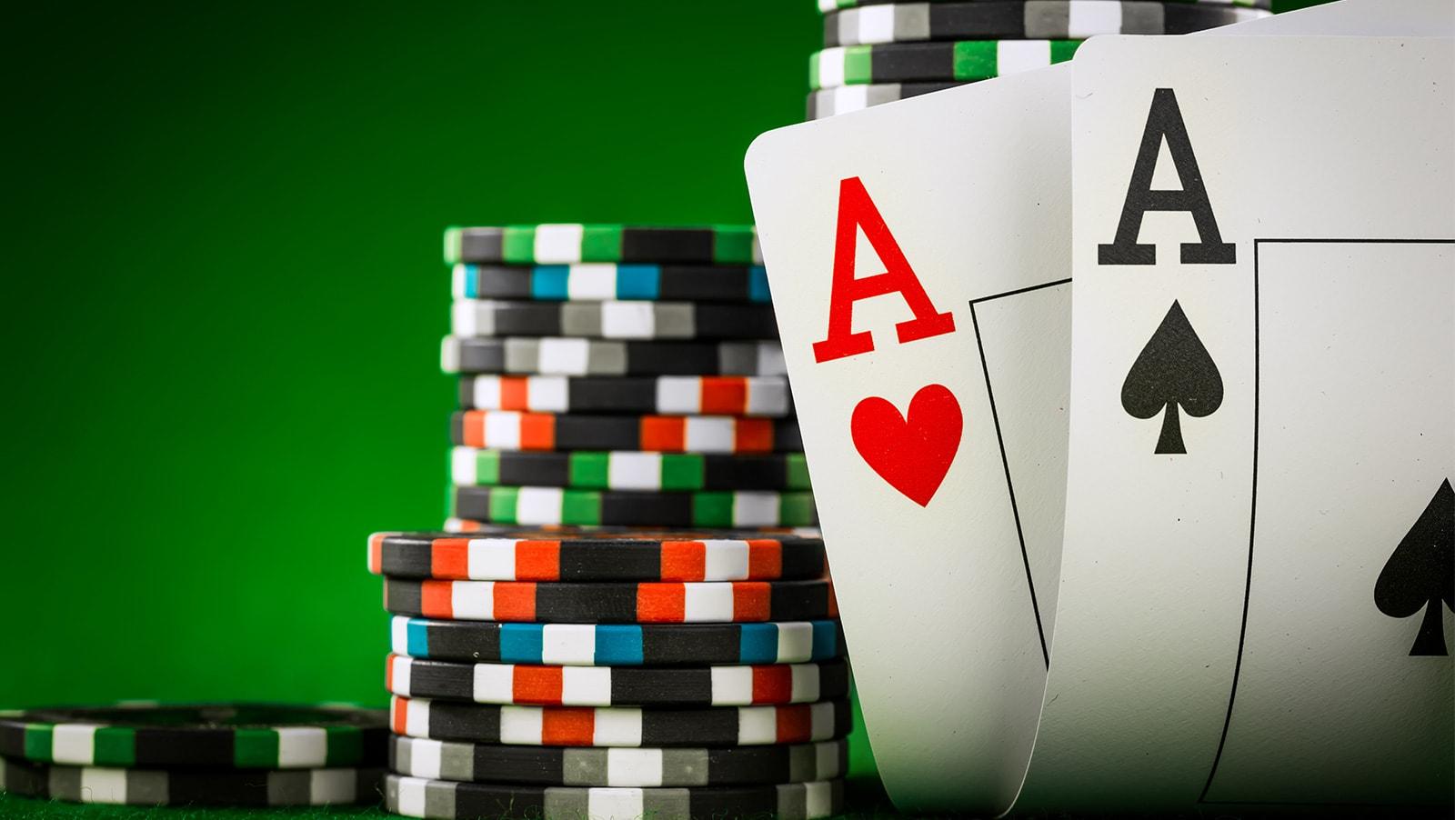 Varieties in Poker Games